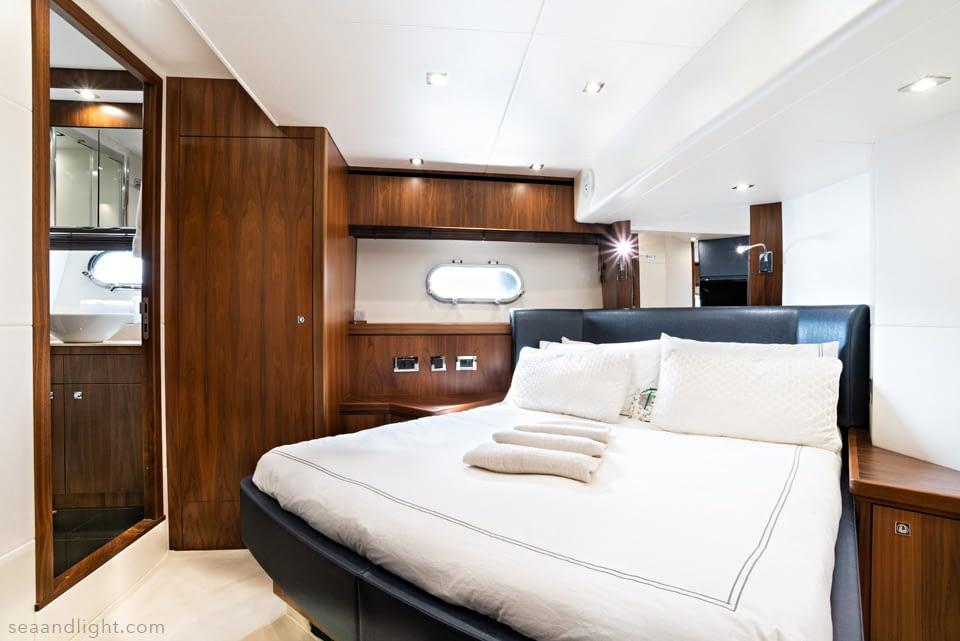 16-Yacht-Photographer-interior